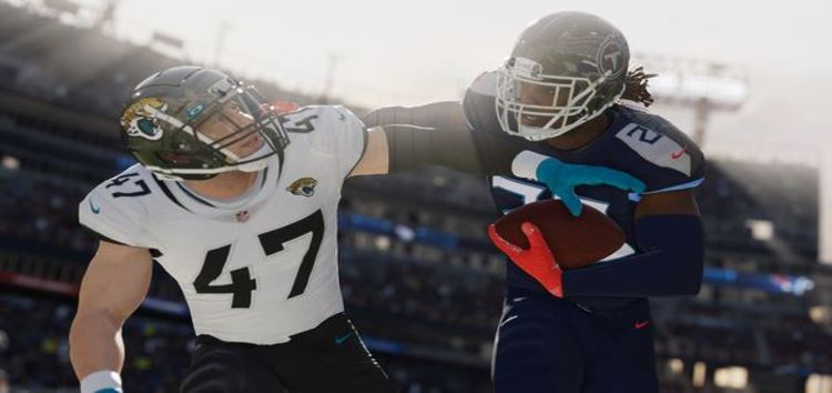 [Poll] Madden NFL 22: Crashing, missing teammates, Desync, & other issues leave players frustrated with this year's launch